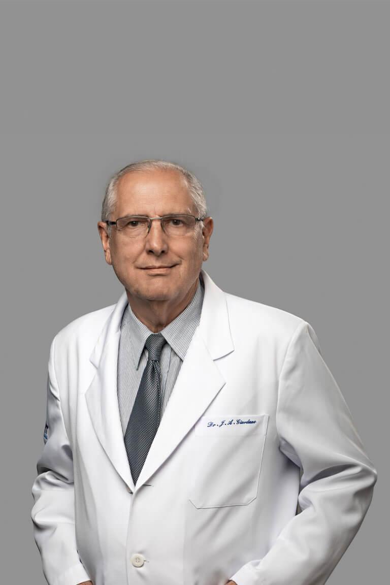Dr. João Alexandre Giordano